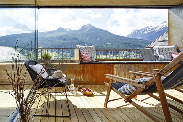 A hegyekben nyaralna? Kukkantson be ebbe a házikóba! - Lakáskultúra magazin