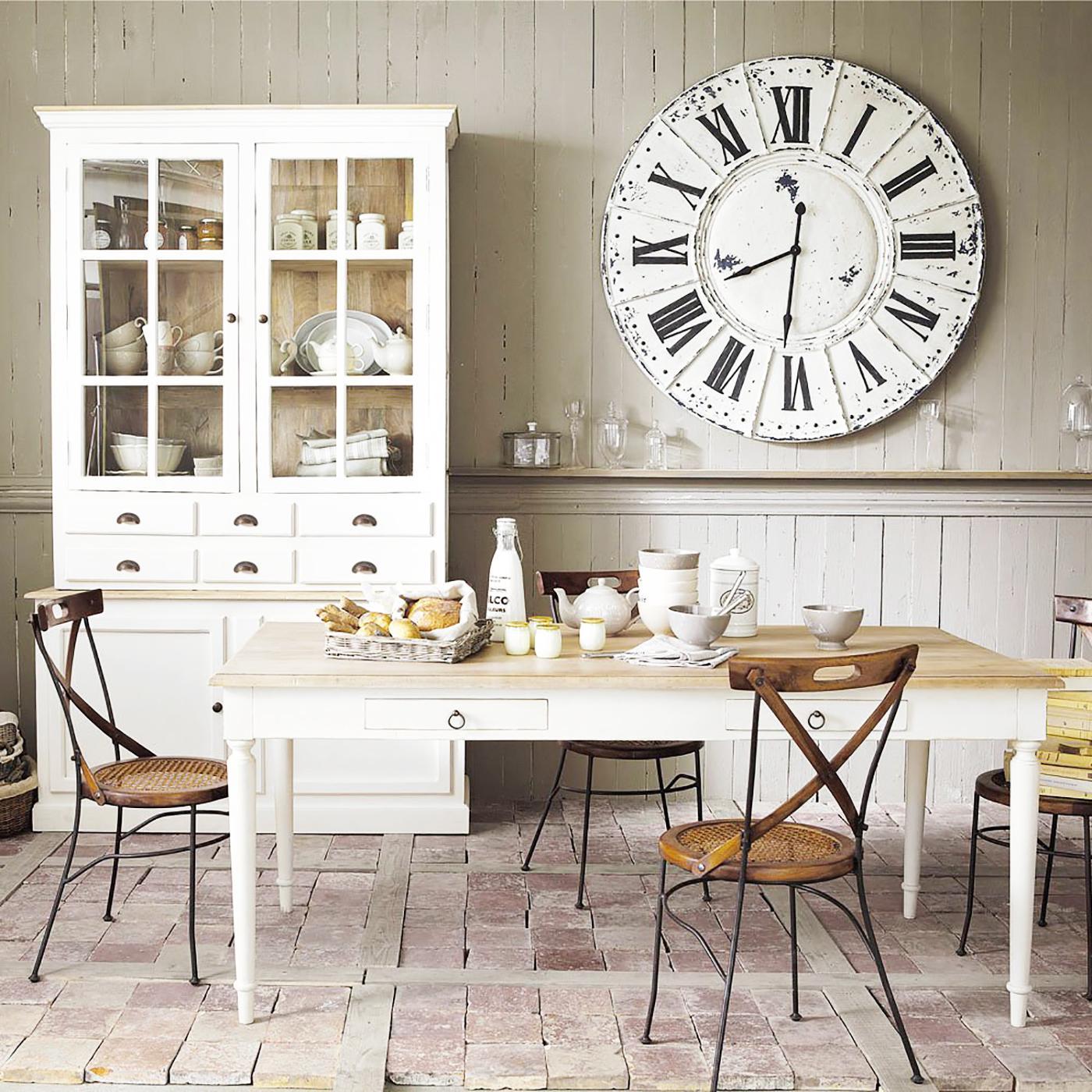 dekor ljunk h s t feh rrel lak skult ra magazin. Black Bedroom Furniture Sets. Home Design Ideas