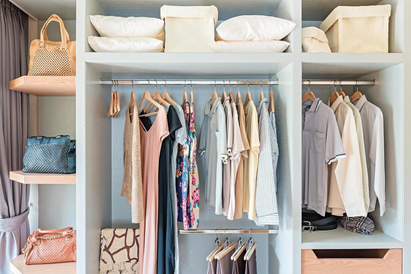 szekrény