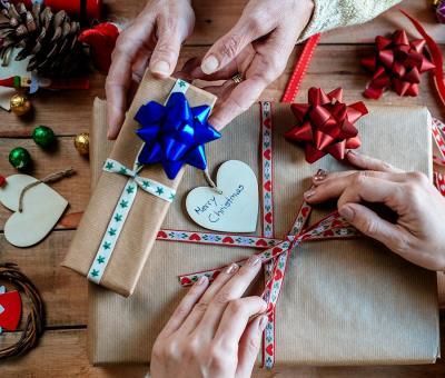 ajándékkísérő kártya