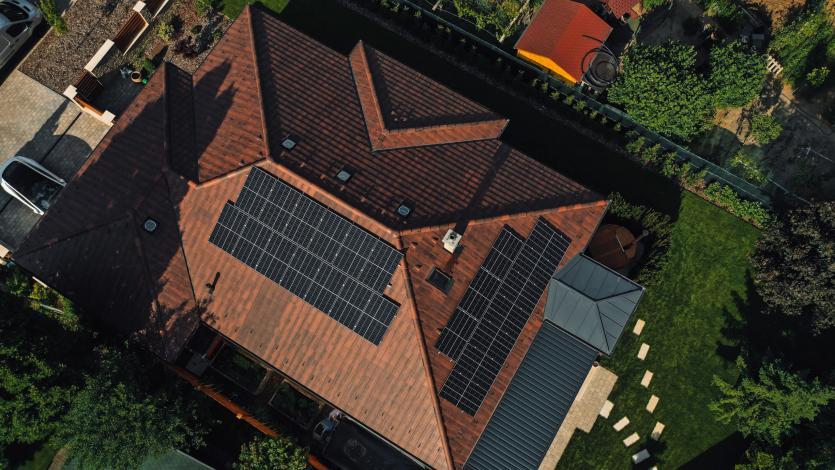 Napelem, felújítás, építkezés, ház, házfelújítás, napelemes rendszerek