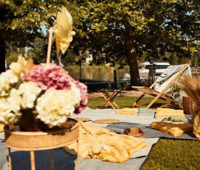 piknik, kert, nyár, kerti szezon, parti, piknikezés, dekoráció, kiegészítők