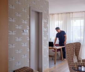 Lakásbemutatás, lakásátalakítás, családi otthon, modern, dizájn, beépített bútor, Szén Molnár Tamás